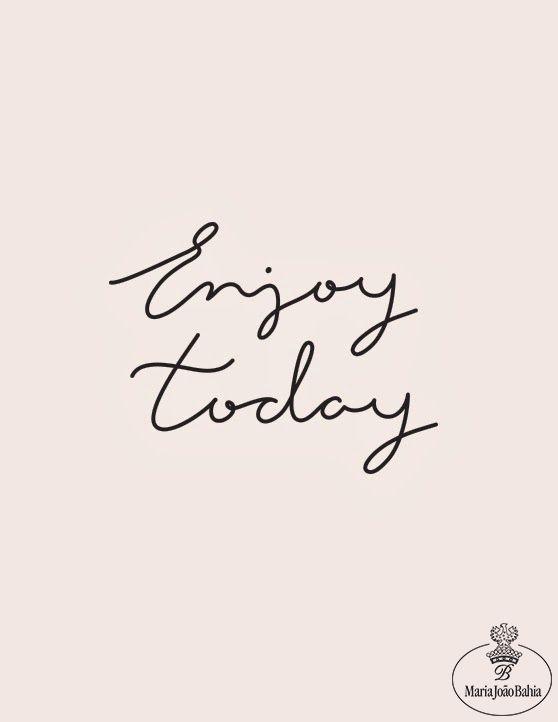 Hoje.  Hoje é o dia para começar de novo. Hoje é o dia para viver outra vez. Hoje é o dia para aproveitar a sua individualidade. É o dia para cuidar de si.  Visite-nos na Av. da Liberdade, n.º 102, escolha uma jóia de autor, e beneficie de um atendimento personalizado, a pensar em si.  #today #thrusday #quintafeira #bomdia #goodmorning #inspiration #inpiração #bonjour #enjoytoday #carpediem #mariajoaobahia #joias #joiasdeautor #avenidadaliberdade #jewelry