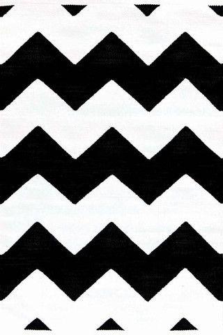 Chevron Black Indoor/Outdoor Rug - Complete Pad ®