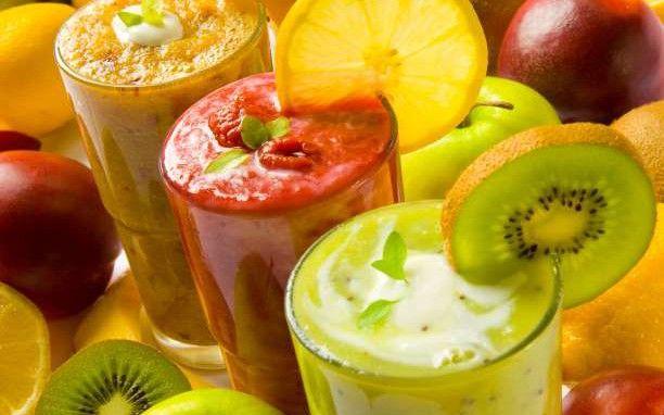 Χάστε γρήγορα βάρος πίνοντας αυτά τα 6 smoothie για πρωινό
