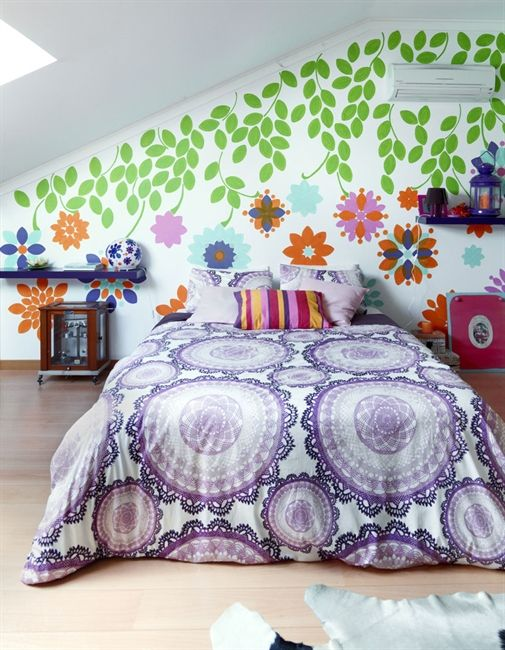 Bright bedding and wall decoration | live from IKEA FAMILY.......hate the walls, LOVE the bedding!!!!