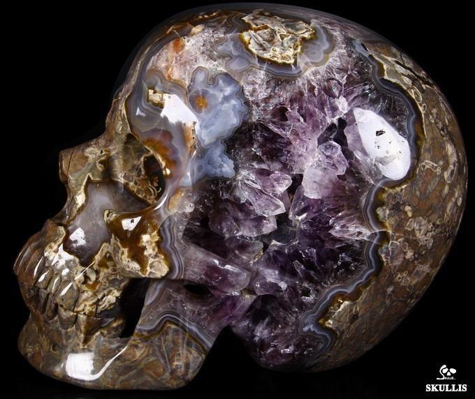 Dinosaur Egg Agate Crystal Skull