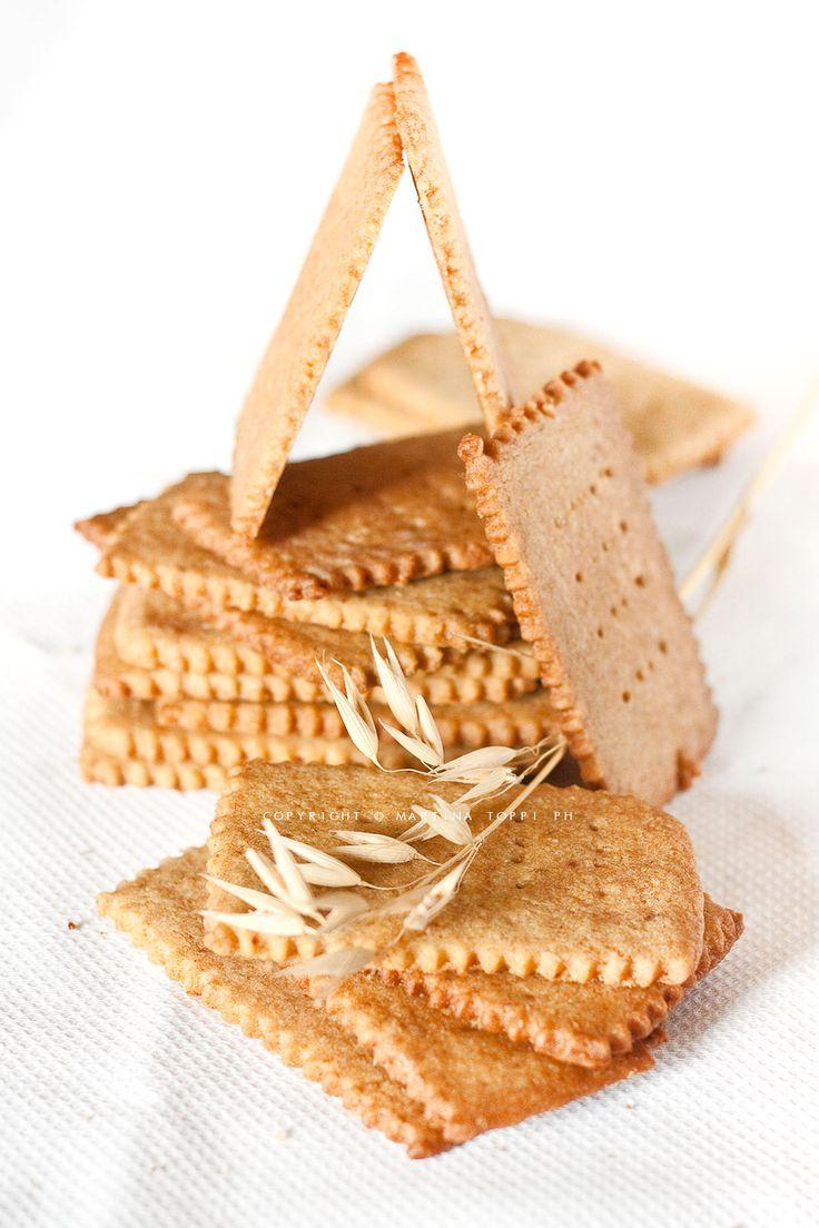 I graham crackers a dispetto del nome sono dei biscotti che in america vengono usati per fare la base del cheesecake