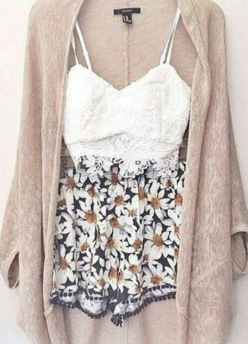 Lace crop, daisy shorts and cardigan