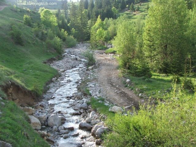 Iavardi valley - #Ciucului_Mountains #Transylvania