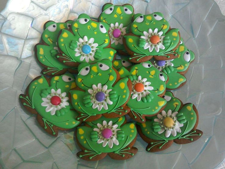Frog cookies - Shell's Sweet Serendipity
