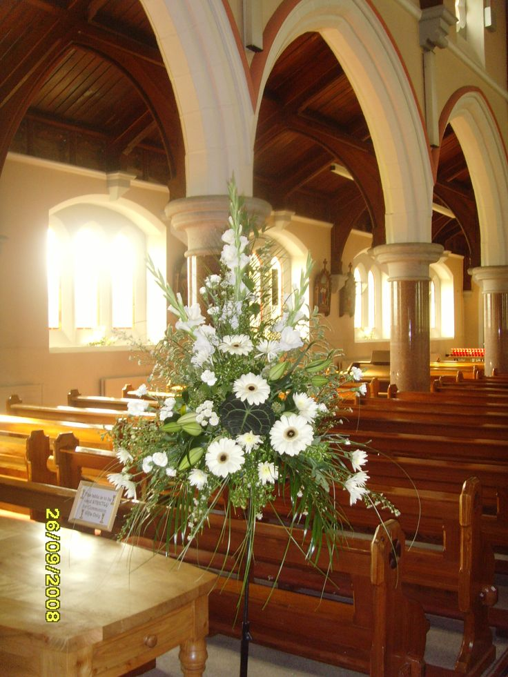flower arrangements for church weddings | Large Pedestal arrangements in your Church really do add the wow ...