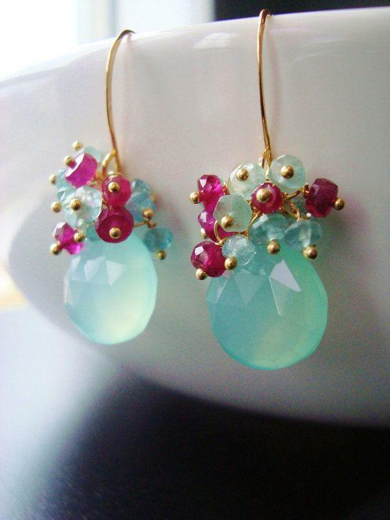 Pendientes Aqua frambuesas Cluster pendientes por rhondajewelry