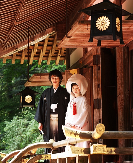 Not sure how to arrange the photos, but I'd love to try on a traditional wedding kimono. Just for funsies.