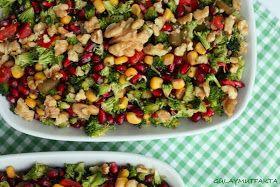 gülay mutfakta: Narlı Brokoli Salatası