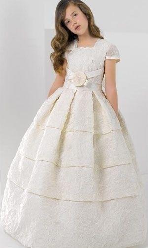 M s de 25 ideas incre bles sobre vestidos de comunion for Suelto blanco suelto barato