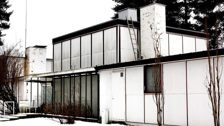 Arkitekt Arne Korsmos gamle villa fra 1955 er solgt til én av 25 interesserte. Hvem som kjøpte et av hovedverkene i norsk arkitektur får vi ikke vite.