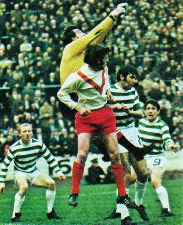 Airdrie 3 Celtic 3 in April 1971 at Hampden Park. Airdrie keep out another Celtic raid #ScotCupSemiFinal