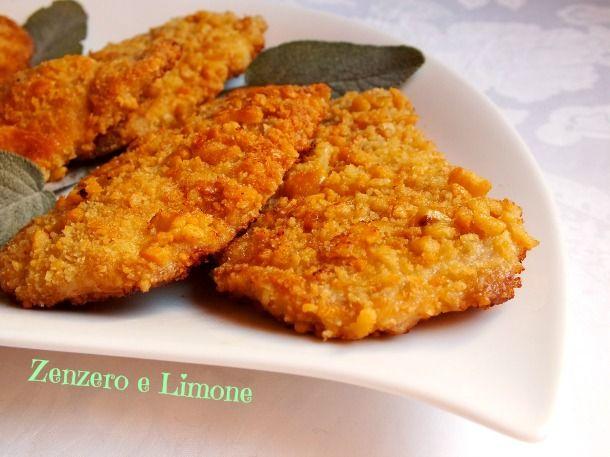 Le cotolette di lonza sono un secondo piatto molto appetitoso grazie alla croccantissima panatura a base di taralli che le avvolge!