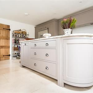 Shaker Kitchen | Evie Willow. Charlston grey and elephants breath.