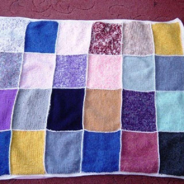 Tra i lavori a maglia più belli di sempre ci sono quelli per i bimbi. Per realizzare una bella copertina di lana fai da te per un neonato, ecco una carrellata di idee bellissime e con varie difficoltà di lavorazione.