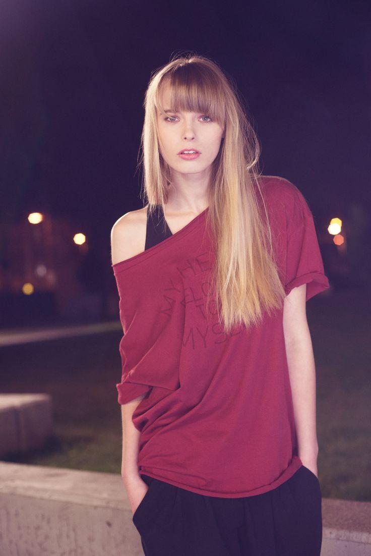 http://byinsomnia.com/kolekcja/wiosna-lato-2015/nell-t-shirt-my-heart?variant_id=10374