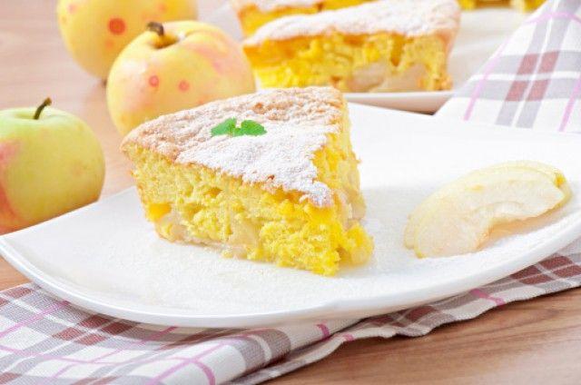 Torta di mele sofficissima con yogurt senza burro: la ricetta ideale per la merenda sana