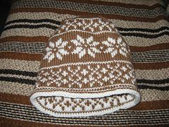 Double knit hat free pattern - I have made this twice, very easy and fast. Fits perfectly with the fornicating deer chart.