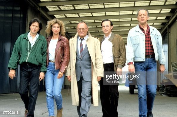 ZDF-Krimi-Serie 'Soko 5113': Heinz Baumann, Wilfried Klaus, Werner Kreindl, Sabine Kaack, Bernd... Pictures | Getty Images