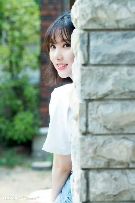 Gfriend for Naver x Dispatch Jacket Shooting Cr: buddyindonesia