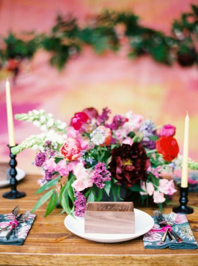 Bright pink party table: http://www.stylemepretty.com/living/2015/06/25/friendship-florals-a-backyard-celebration/ | Photography: Jenna McElroy - http://jennamcelroy.com/
