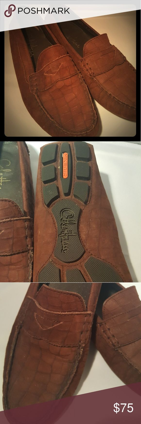 Cole Haan women's Driver shoe Size fits a 7.5  Beautiful suede chocolate color with crocodile pattern. This loader is super comfy. The tread on the bottom is perfect. Hardly worn! No box. Cole Haan Shoes Flats & Loafers