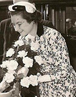 Anne Ferelith Fenella Bowes-Lyon Oldenburg (1917 - 1980)  (Queen Elizabeth the Queen Mother's niece)