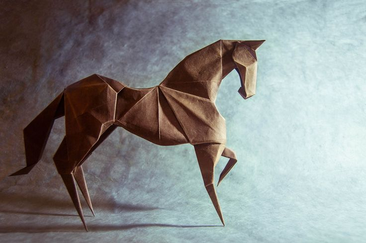 After the years, this remains my favorite horse, I always get a feeling of harmony after finishing one. The sequence in the book is in my opinion way better than the old one, and the result is a lot more realistic. Origami horse designed by Hideo Komatsu and folded by me using a square of Shin Inbe paper 100cm x 100cm
