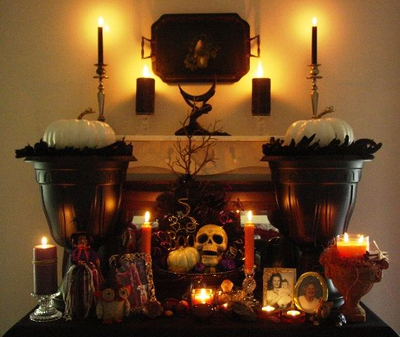 76 Best Amazing Altars Images On Pinterest: Beautiful Samhain Altar...a Most Fitting Altar For The