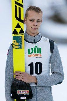 Skispringer Luca Egloff | FIS Continental Cup Skispringen | Engelberg / Schweiz | Fotograf Kassel http://blog.ks-fotografie.net/pressefotografie/skispringer-nachwuchs-engelberg-schweiz-fotograf-kassel/