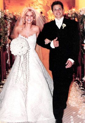 Not a huge Jessica Simpson fan but I have always loved this Vera Wang gown!