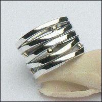 Handgemaakte zilveren ring met goud: Ischia
