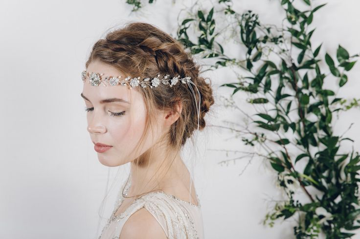 17 Best Ideas About Wedding Hairstyles On Pinterest: 17 Best Ideas About Forehead Headband On Pinterest
