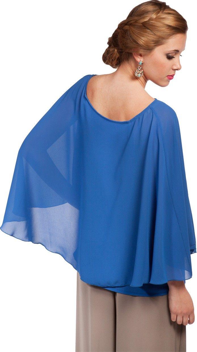 DRESSEOS - Exclusivo top capa en azul pavo perfecto para combinar con alguno de nuestros pantalones anchos y ser una invitada perfecta - Alquiler de ropa de fiesta