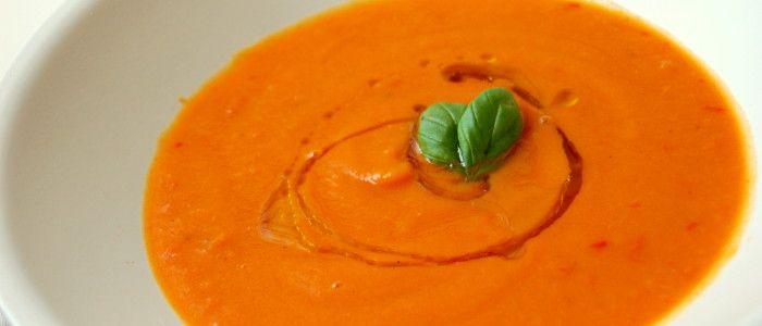 http://jouwfabriek.nl/recepten/zoete-aardappel-soep/  Zoete aardappel soep met wortel en paprika