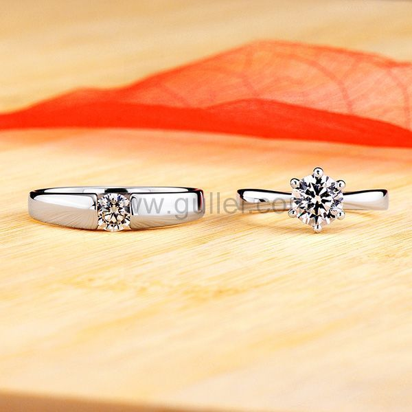 1 Carat Diamond Engraved Engagement Rings Set For Couples