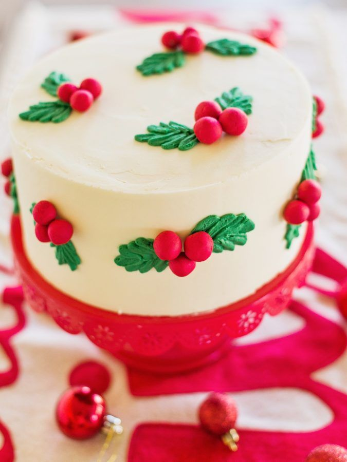 Sweet And Simple Christmas Cakes Cake By Courtney Christmas Cakes Easy Christmas Cake Designs Holiday Cakes