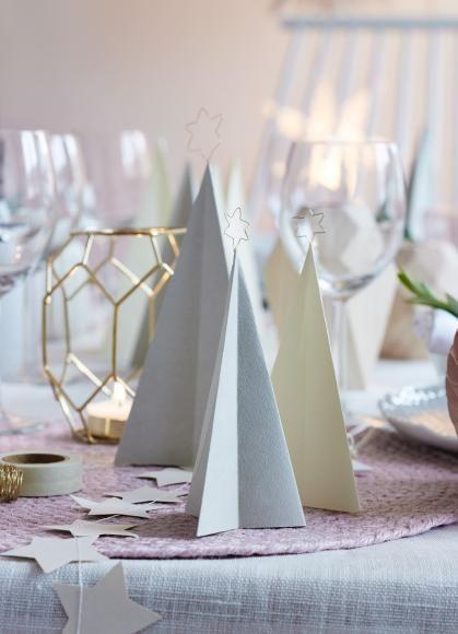 Papiertannenbäume Tischdeko Weihnachten