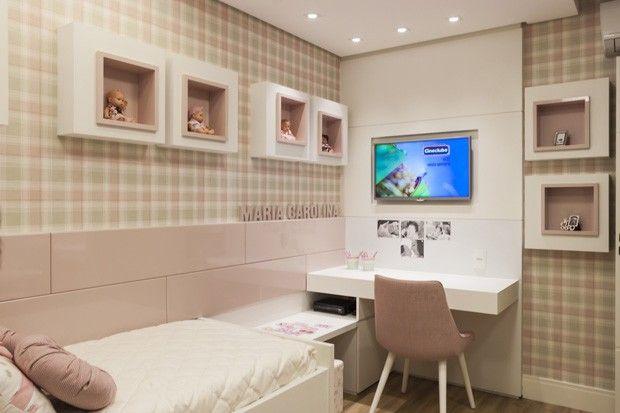 Reforma confere visual leve e atual   http://casavogue.globo.com/Interiores/apartamentos/noticia/2014/12/reforma-confere-visual-leve-e-atual.html