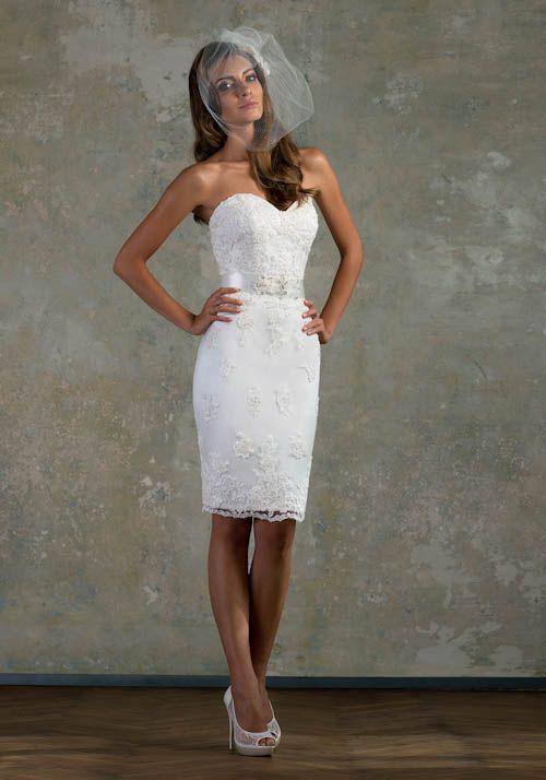 Rochii de mireasa short Wedding dress- LOVE STORY by BIEN SAVVY 2013 www.findiforweddings.com