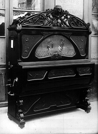 www.italialiberty.it - Pianoforte Art Nouveau.  This is so freakin cool.  I like my old coffin style Victorian but this is SOOO cool.