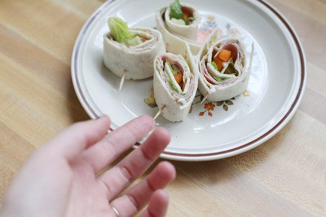 How to Make Pinwheel Sandwiches (with Pictures) | eHow