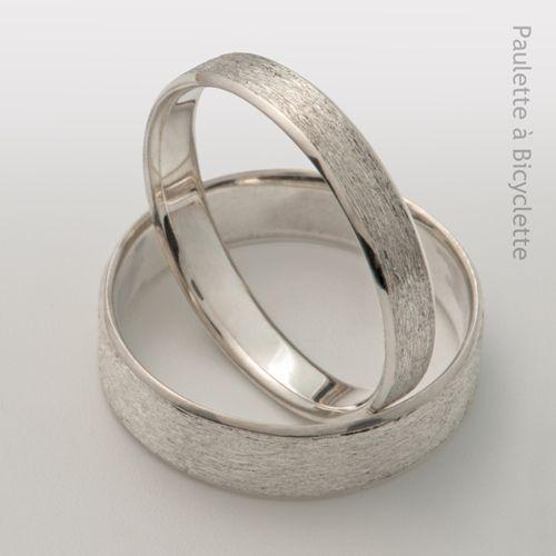 Alliances mariage originales en argent recyclé ou or blanc brossé éthique