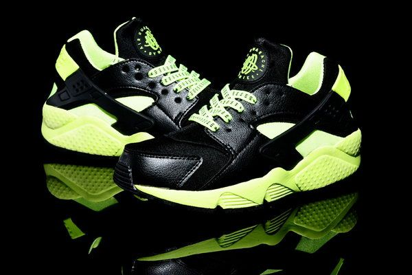 new product ce73d 8ee01 Womens  Mens (unisex) Nike Air Huarache Black Fluorescent Green 36-46  Outlet