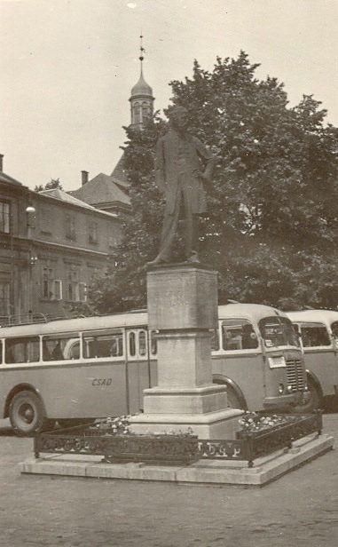 https://flic.kr/p/BAP157 | Old Bus (7/1958 Litomyšl - náměstí) | ČSAD