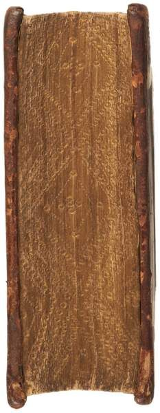 W7 (PA6809.A5 D47 1552, copyright Princeton U.) In this French manuscript from the 16th century we see an example of the decorative technique called gauffered edges. Gauffered edges are first gilded and then further decorated by impressing finishing tools into the textblock edge surface.