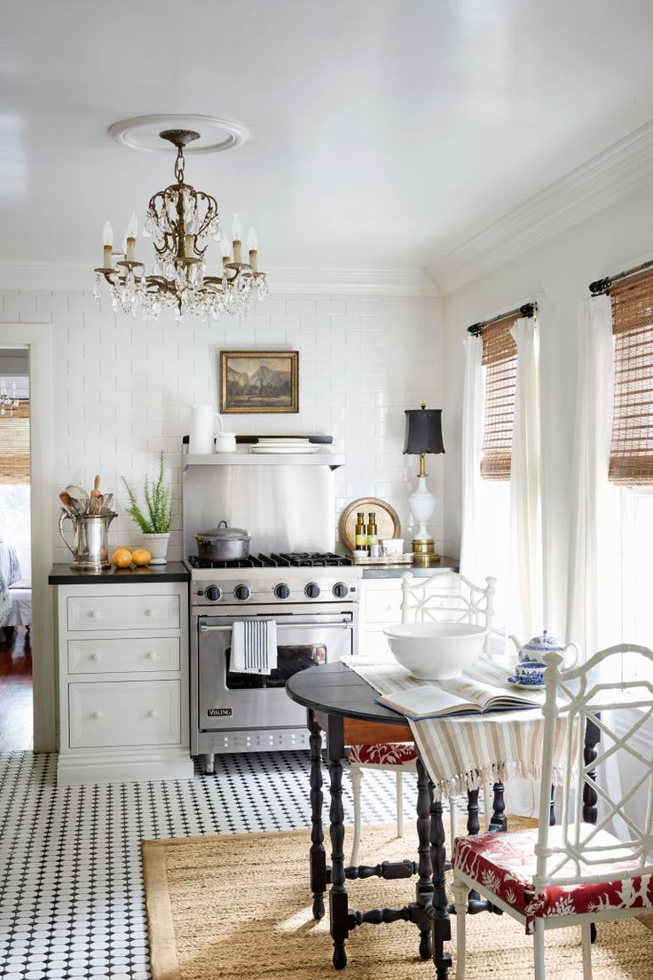 83 best French country kitchen images on Pinterest | Kitchens, Small ...
