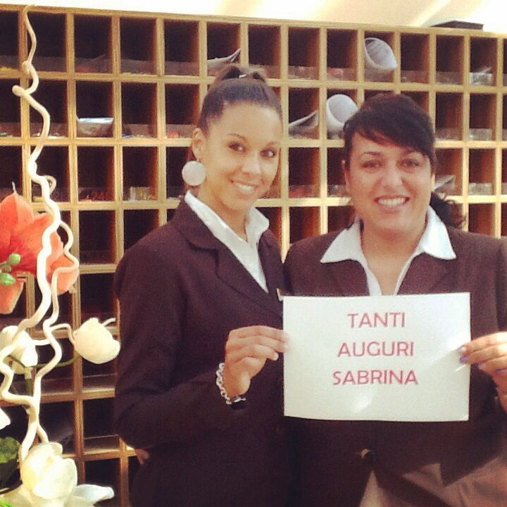 Tanti Auguri a Sabrina, la nostra capo ricevimento, per il suo #compleanno ! #hotelmarinetta #marinadibibbona