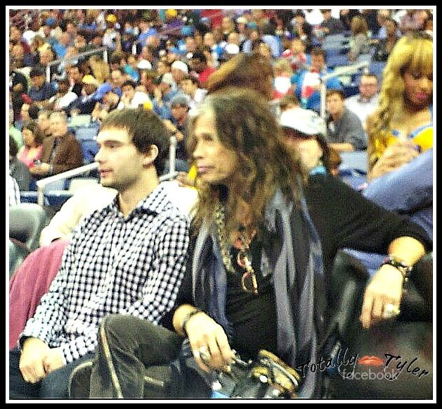 STEVEN TYLER AND SON TAJ AT LAKER'S GAME TONIGHT 12-5-12