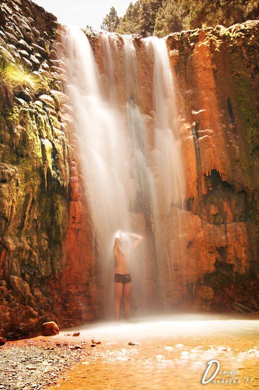 Cascada de colores. Isla de La Palma. Islas Canarias. España